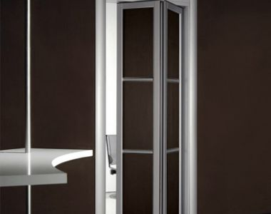 Bi-fold Door BFD-08  Wenge  Single Bi-Fold Door. Photo