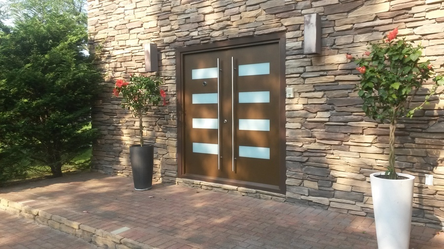 Exterior Door Milano-14 Combo. Photo & Gallery of modern exterior doors by Milano Doors. Milano-14 Combo